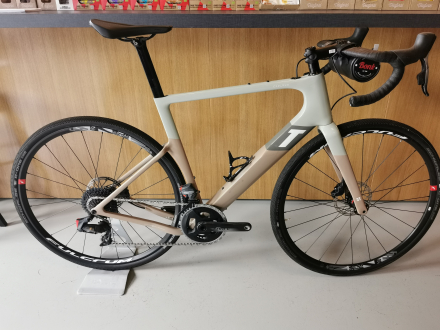BICYCLE EXPLORO RACE SAND FORCE AXS 2X 3T - Size 56